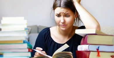 Tipos de trabalhos acadêmicos: TCC, tese, monografia